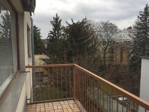 Balkon-Eigentumswohnung in 1140 Wien, Nähe Schloss Schönbrunn
