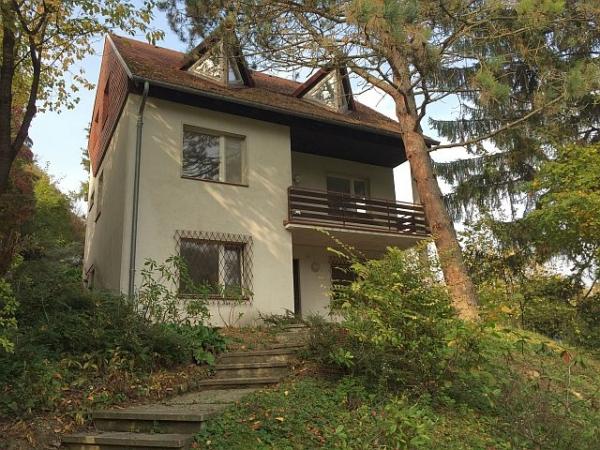 Klosterneuburg/Kierling Familienhaus - mit weiterem Bauplatz!
